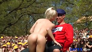 Fully Nude Lapdance In Front Of A Crowd - Outdoor