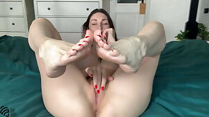 Foofetish and orgasm from Liza Cherry