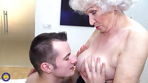 Grannys hairy cootchie gets a warm visit from boy
