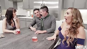 Sexy milfs trying out some youthfull jizz-shotguns to fuck - Richelle ryan