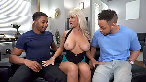 Meaty Black Cock Slut London River Wants Dual Penetration