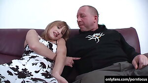 Old man fucks the girl with a very jiggly face