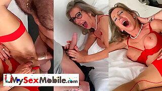 Ash-blonde French mature Marina Beaulieu sodomized by junior guy